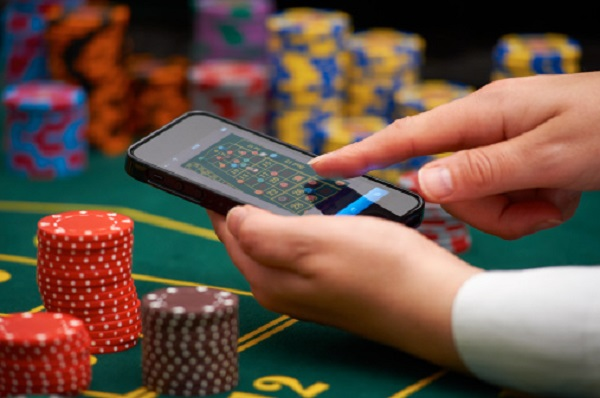 Turning the Odds in Your Favor When Gambling Online