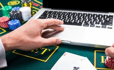 Etiquette 101 to Follow When Playing Online Casino Games