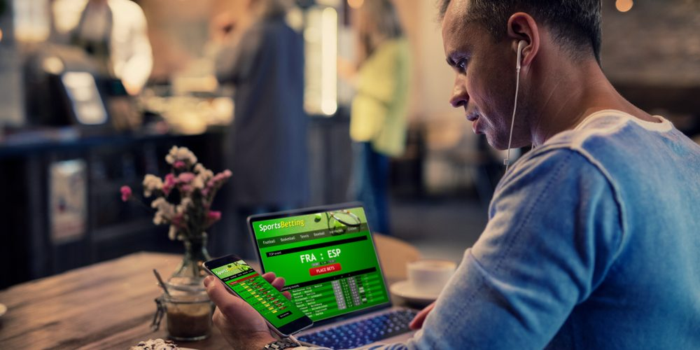Top Benefits of Playing Online Poker