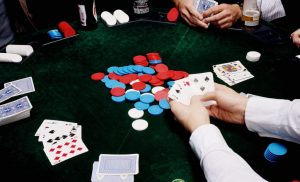 Earning More Income Through Internet Poker Bonus