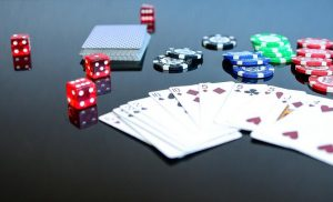 What all you need to check before signing up for online casinos?